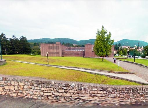 Ex Tribunale di Erba, ora sede de Il Giardino delle Ore - Associazione Culturale e Residenza Artistica.